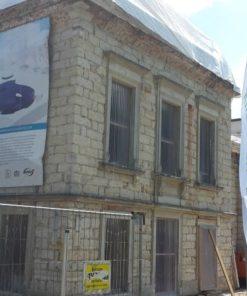 Umbau denkmalgeschützter Gebäudekomplex Kutscherhaus Dresden, Bautzner Straße